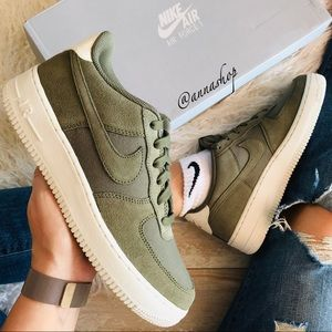 NWT Nike Air Force 1 Olive